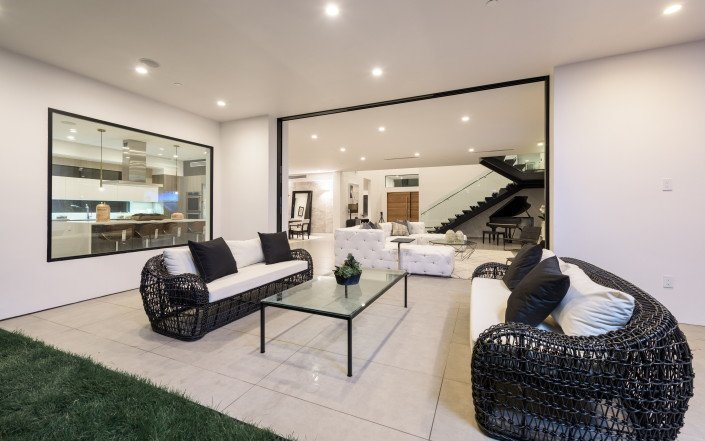 """Gallery - Featured on TV show """"Million Dollar Listing""""  - Culver City 15"""