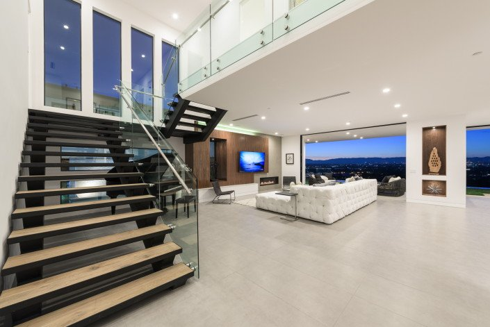 """Gallery - Featured on TV show """"Million Dollar Listing""""  - Culver City 4"""