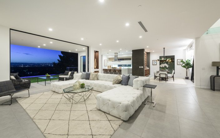 """Gallery - Featured on TV show """"Million Dollar Listing""""  - Culver City 3"""