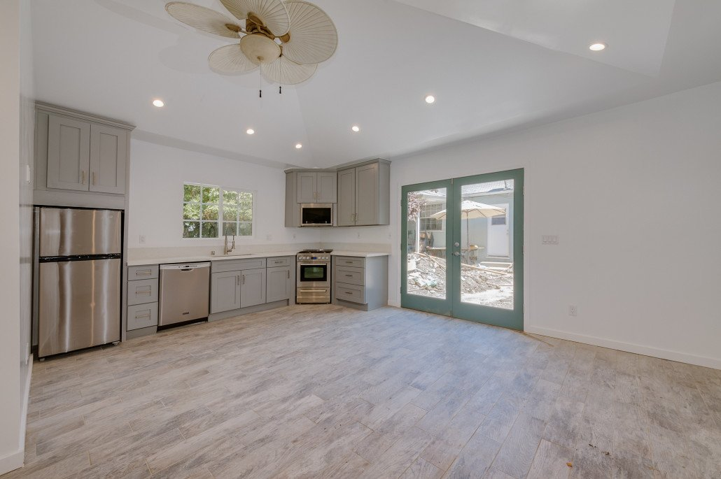 Minimalist Garage Converted Into A Kitchen Ideas: Home Kitchen & Bathroom Remodeling Contractor In Los