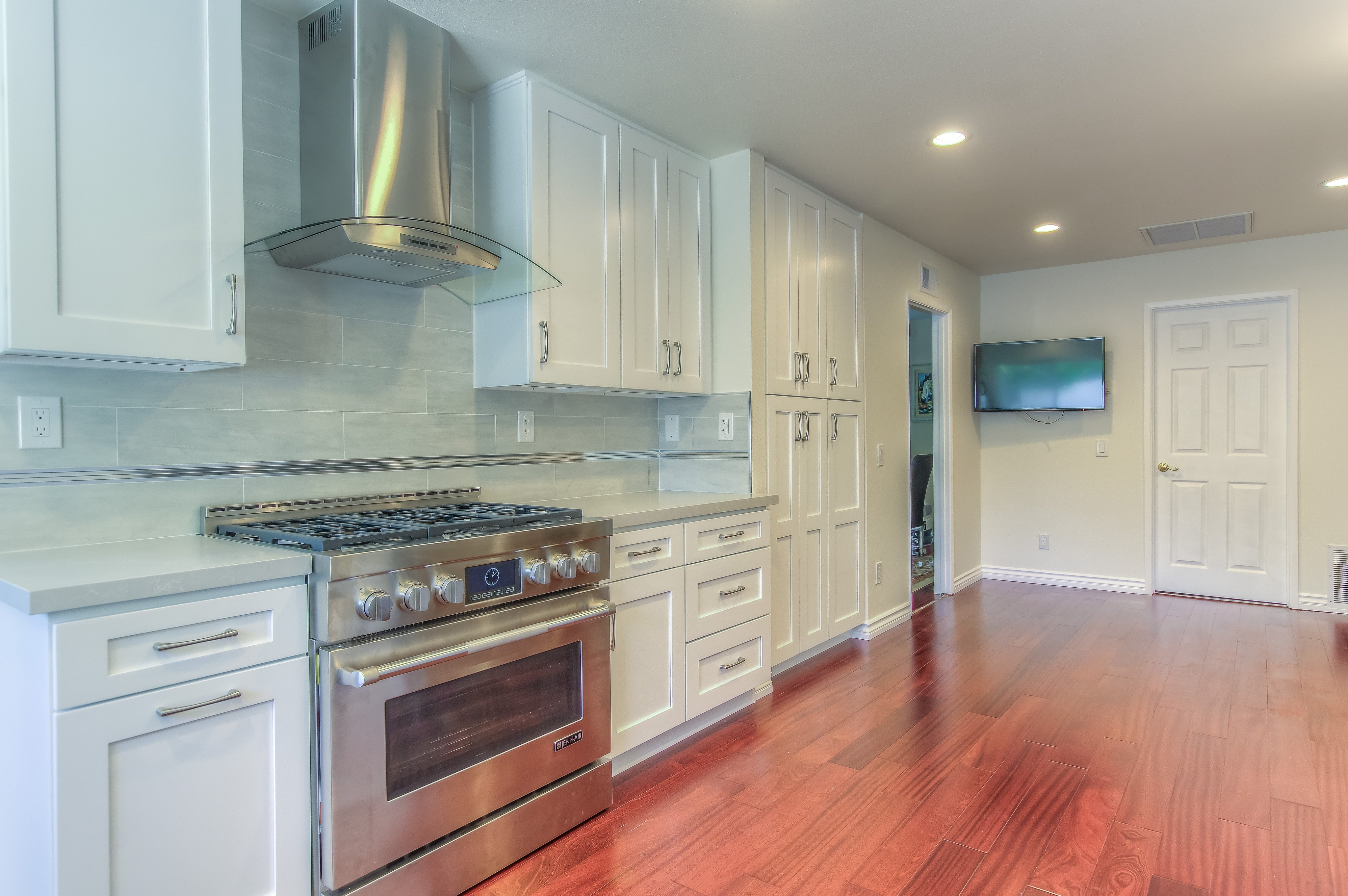 Kitchen Remodel - Woodland Hills