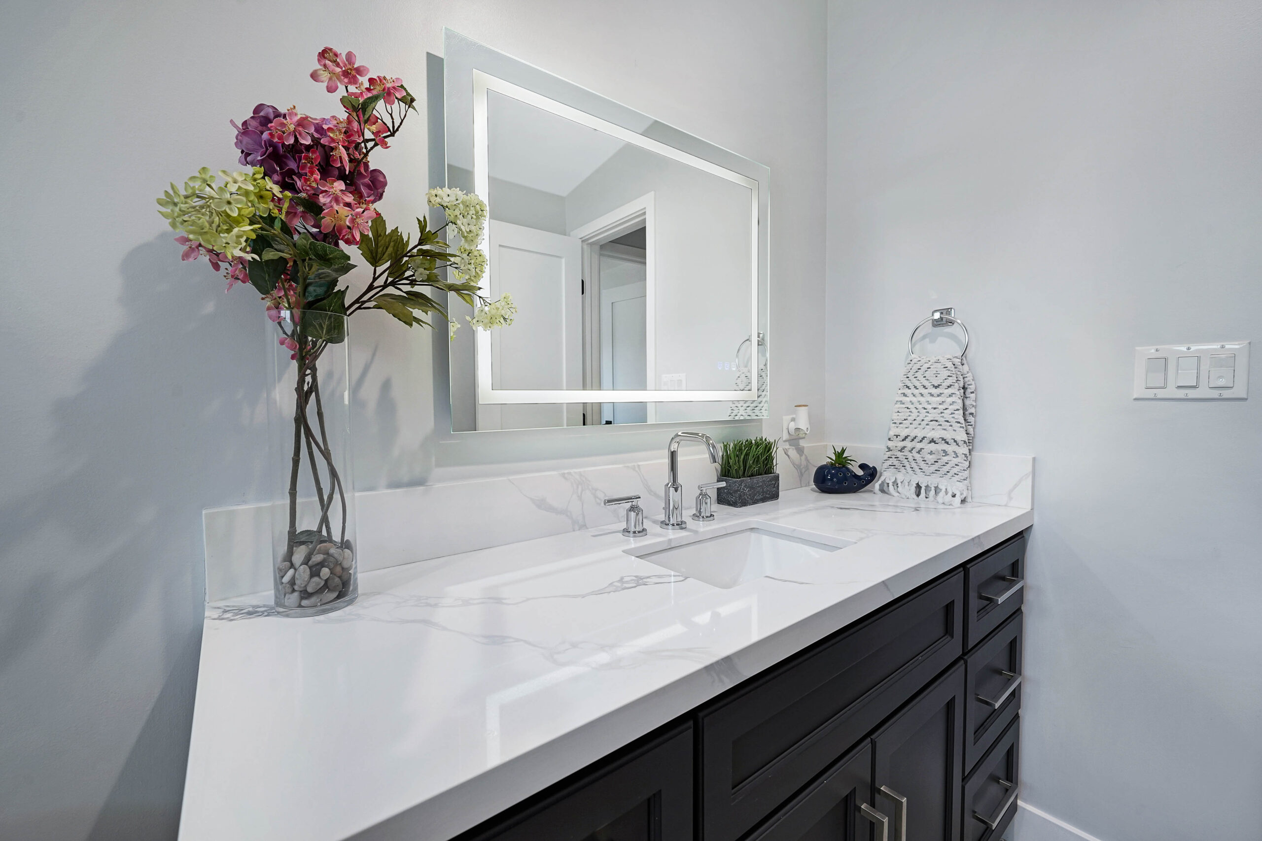 Bathroom remodel - Woodland Hills